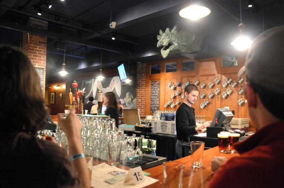 Queenshead Pub