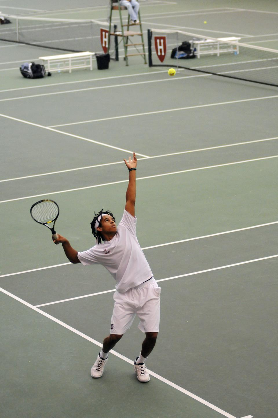 Captain Aba Omodele-Lucien closed out the year at 15-11 overall in singles and 7-2 in tournament play. In his college career he finished 57-49.