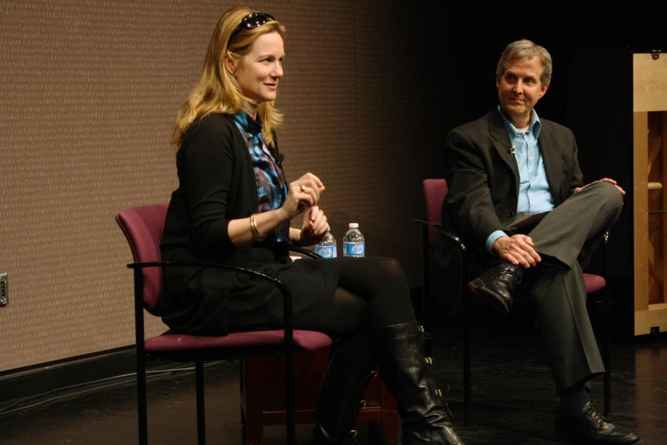 Academy Award-winning actress Laura Linney appears at a sold-out program in the New College Theatre Thursday as a part of Harvard's Learning from Performers initiative.