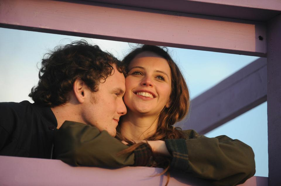 "Lovers Jacob (Anton Yelchin) and Anna (Felicity Jones) struggle to keep their relationship alive in ""Like Crazy."""