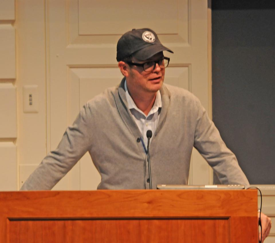 In a very un-Schrute manner, Rainn Wilson discusses the documentary Education Under Fire and the predicament of the Baha'i community in Iran while sporting a Harvard Business School hat.