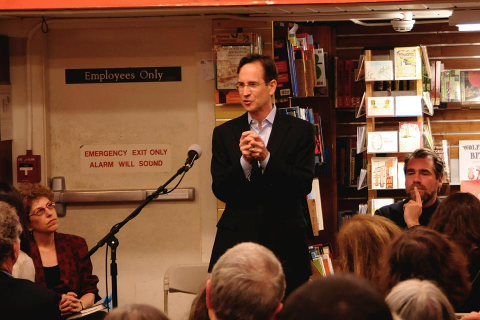 Philip F. Bennett '81, former editor of Anthony Shadid at The Washington Post, speaks of Shadid at the Harvard Book Store.  Bennett currently works at Frontline.