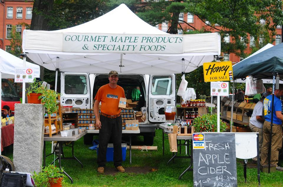 In addition to fresh produce, the Harvard Farmer's Market features local artisanal gourmet goods like maple syrup and honey. The market takes place in front of the Harvard Museum of Natural History Tuesdays until October 30th.