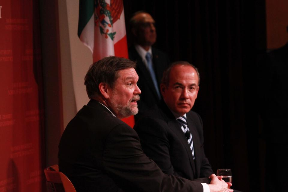 Felipe Calderon (right), the 56th President of Mexico (2006-2012) and the Inaugural Angelopoulos Global Public Leaders Fellow at the Harvard Kennedy School, speaks at the JFK Forum with David T. Ellwood (left), the Dean of Harvard Kennedy School. Calderon discussed a variety of issues, including Mexican economic interests, the level of violence in Mexico, and Mexico's role in Latin America.
