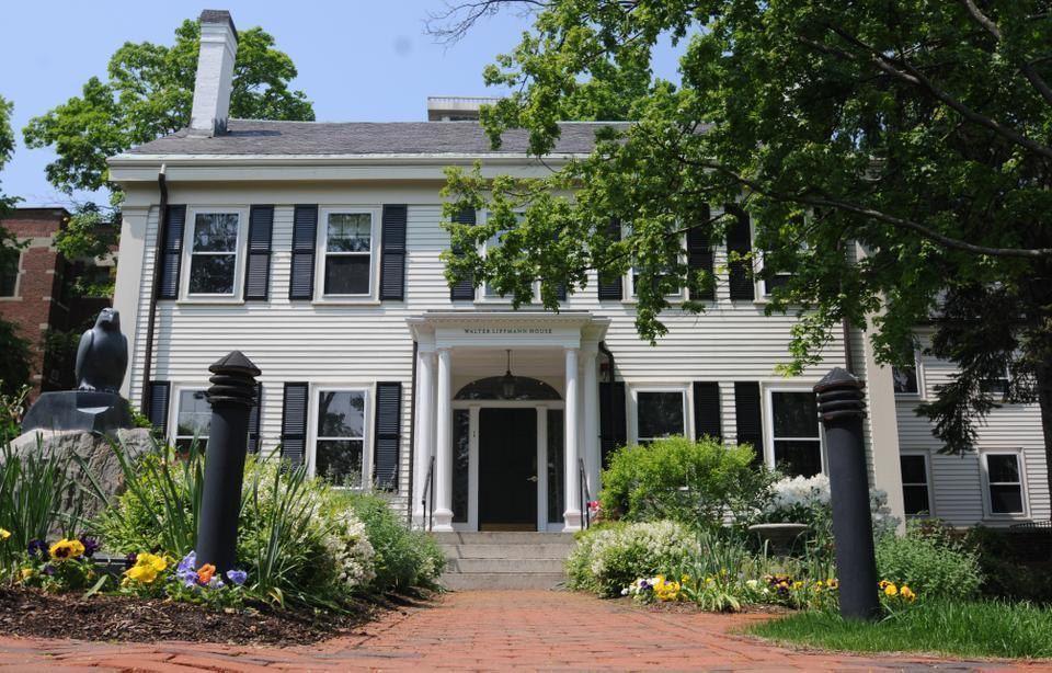 A class of 12 U.S. reporters and 12 international journalists will study at the Walter Lippman House, home to the Nieman Foundation, in the upcoming academic year. The Nieman Fellows will temporarily leave their careers to research and study at Harvard.