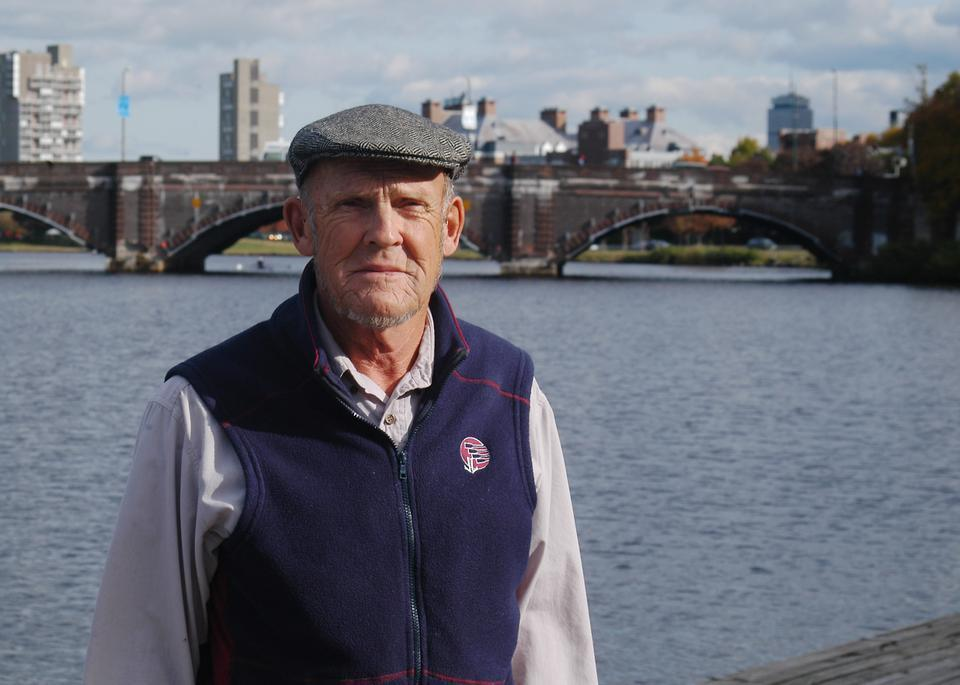 Harvard men's heavyweight crew coach Harry Parker, who had led the Crimson since the early 1960's, died Tuesday at 77.