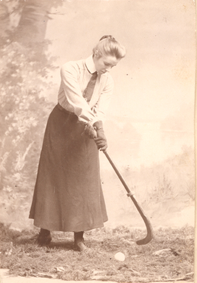 Constance Applebee, 1903
