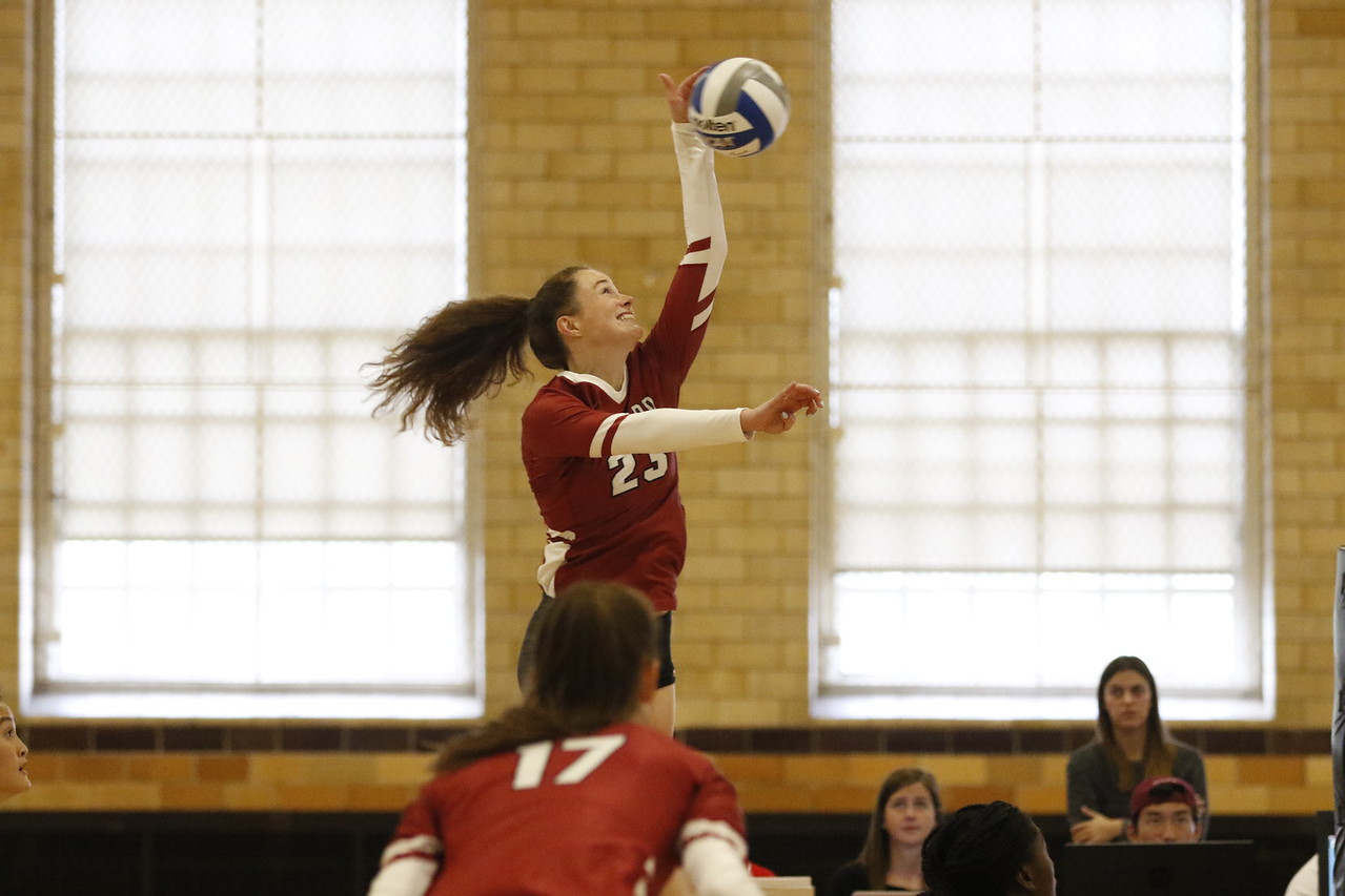 Junior co-captain Evelyn Gray recorded a career-high 14 kills in the weekend's sole loss against Colgate.
