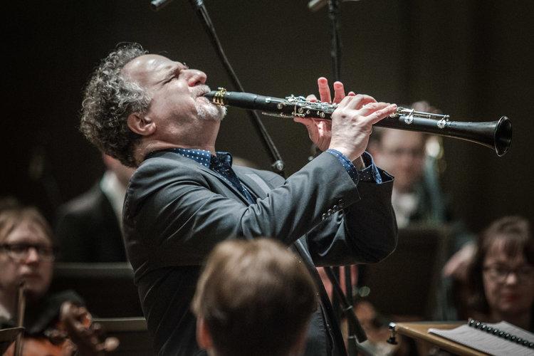 David Krakauer playing the clarinet