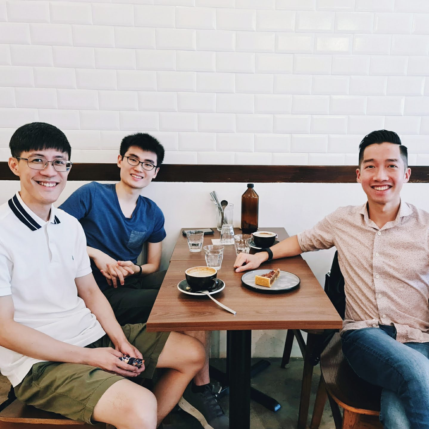 Makoto C. Hong, right, an LL.M. student from Singapore, said regular meetings with two other Harvard Law LL.M. students from Singapore have helped him stay connected throughout the year.