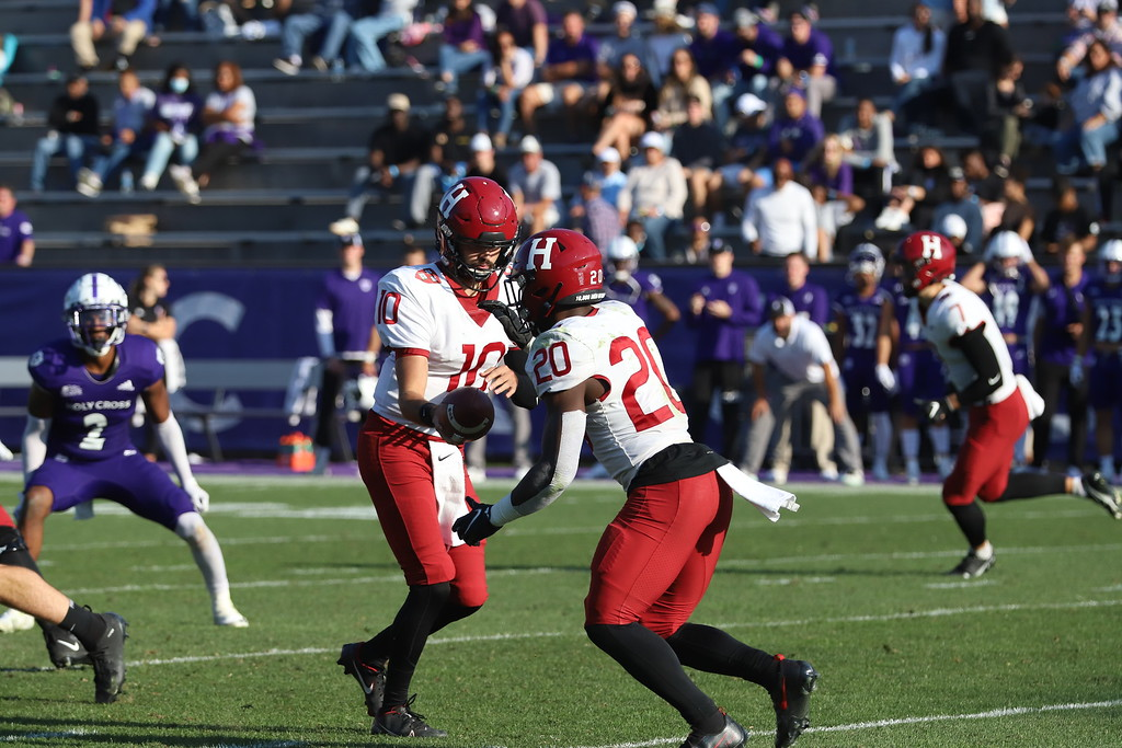Senior quarterback Jake Smith hands the ball off to Aaron Shampklin. The junior running back has enjoyed a strong start to the 2021 campaign, with 376 rushing yards and four scores to his credit through three games.
