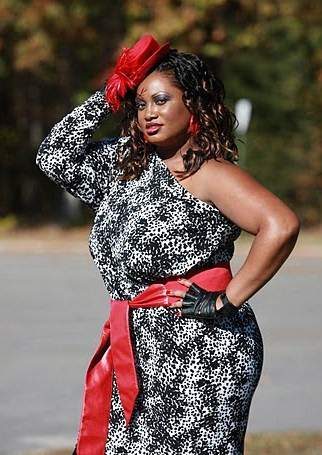 The Best Dressed Plus Size Bloggers- Bella Styles