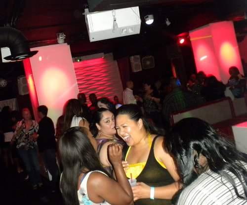 The Curvy Fashionista at Club Bounce