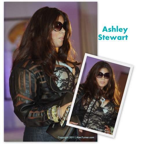 Full Figured Fashion Week Finale 2011- Ashley Stewart