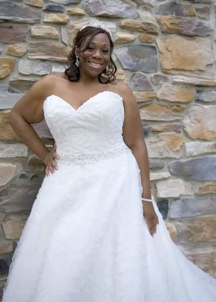 Plus Size Bridal Boutique: CurvyGirl Bridal