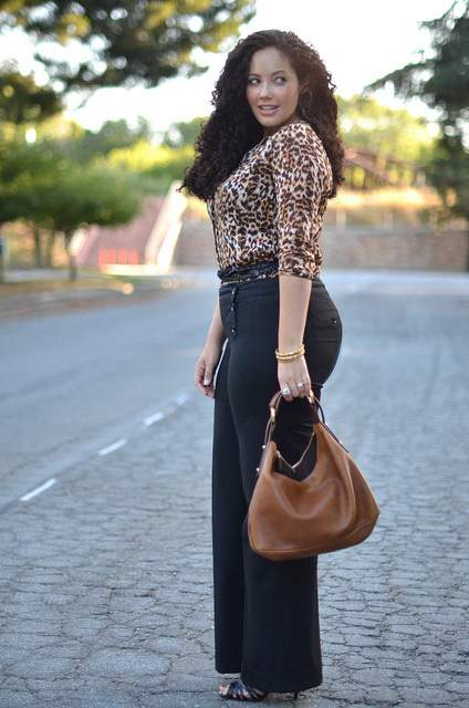 Plus Size Fashion Blogger Spotlight- Tanesha from Girl with Curves