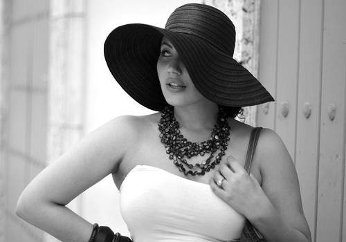 plus size fashion blogger spotlight- Girl with Curves