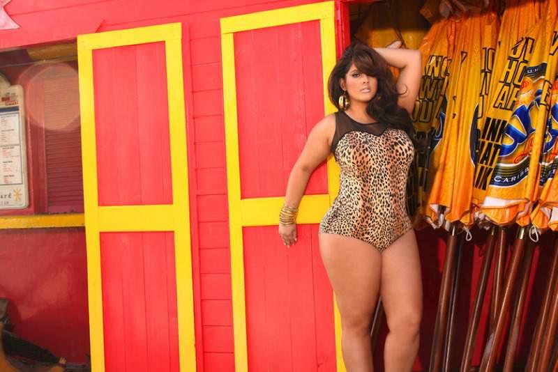Monif C Plus Sizes Resort 2012 Swimwear Collection: Dominica