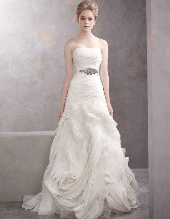 White by Vera Wang Bridal gown in Plus Sizes