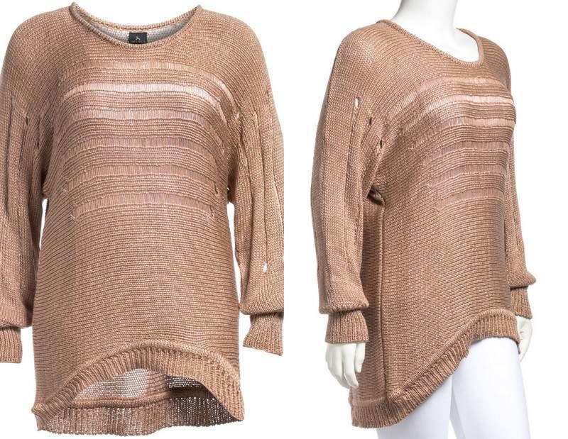 Plus Size Deluca oversized sweater at Navabi