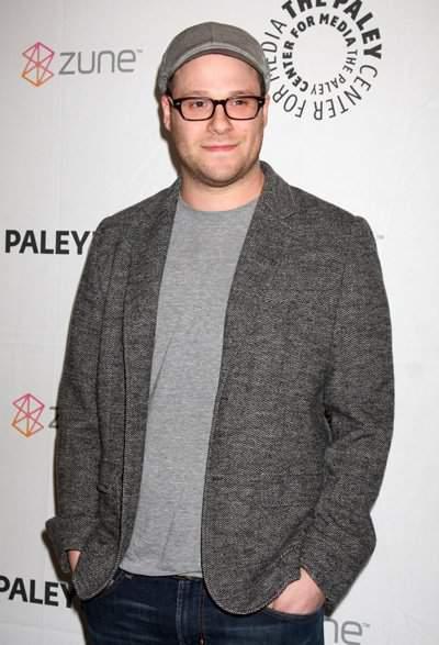 Seth Rogen wants to be A Curvy Fashionista