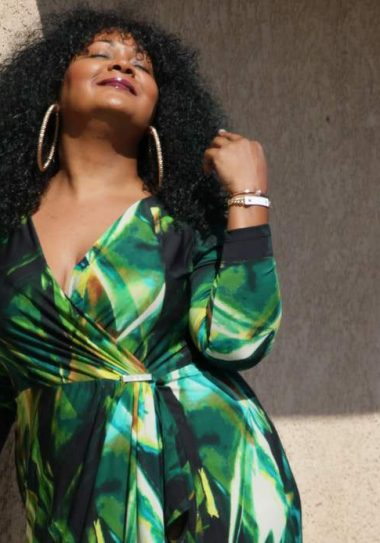Dressing Up in Igigi On The Curvy Fashionista