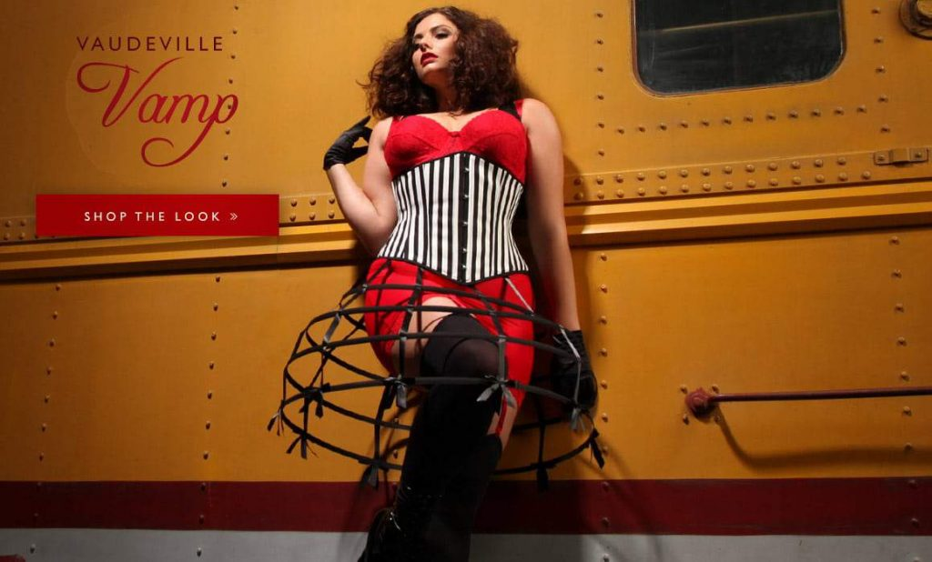 Hips and Curves Plus Size Halloween Look Book: vaudeville-vamp