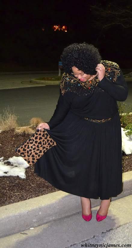 Plus Size Fashion Blogger Whitney from Whit Nics Picks