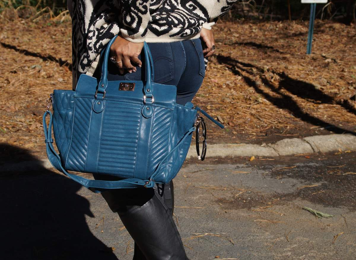 ZAPPOSSTYLE: Traveling Comfortably for the Holidays