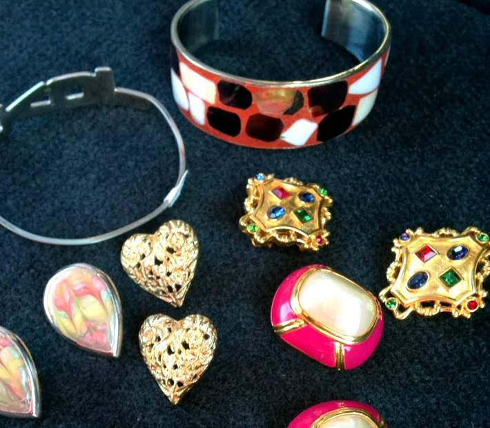 Holiday Gifts You Can Thrift - Jewelry