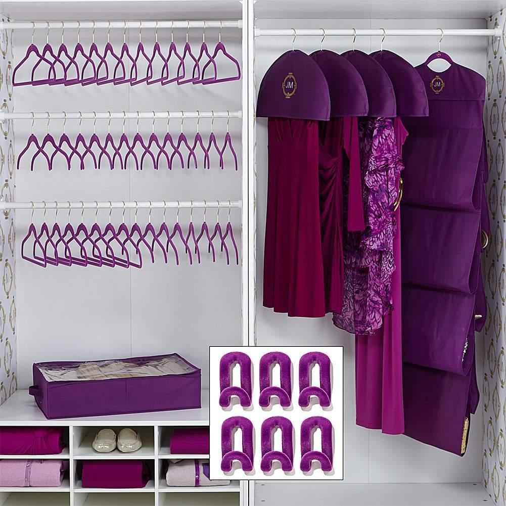 Huggable hangers complete set