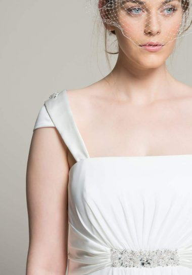 Navabi Launches Their Plus Size Bridal Boutique with Linzi Jay voa TheCurvFashionista.com #TCFStyle