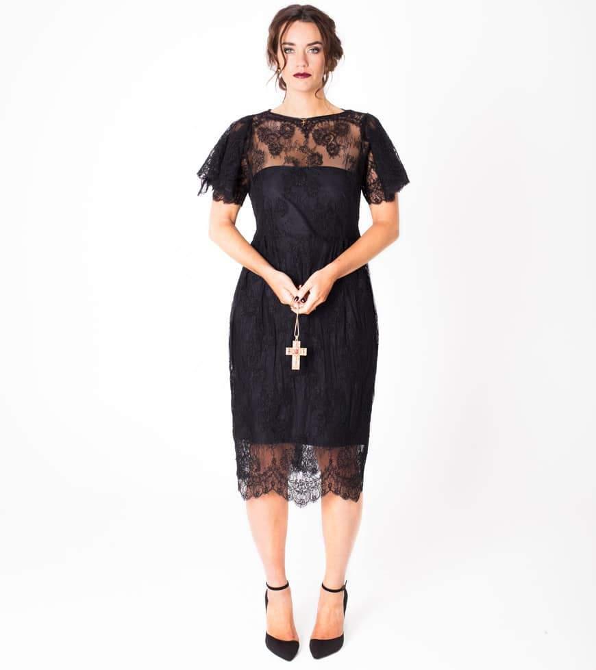 Spring with Plus Size Fashion Label LALA BELLE via TheCurvyFashionista.com