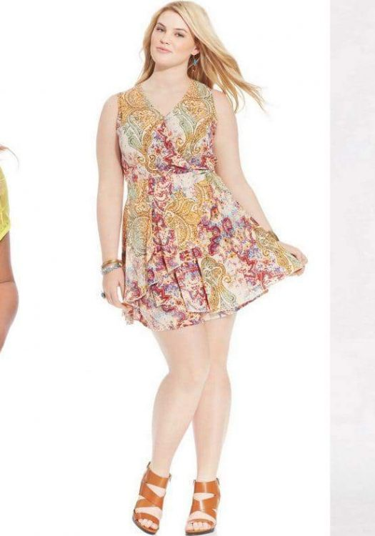 10 Plus Size Rompers for Spring on The Curvy Fashionista #TCFStyle
