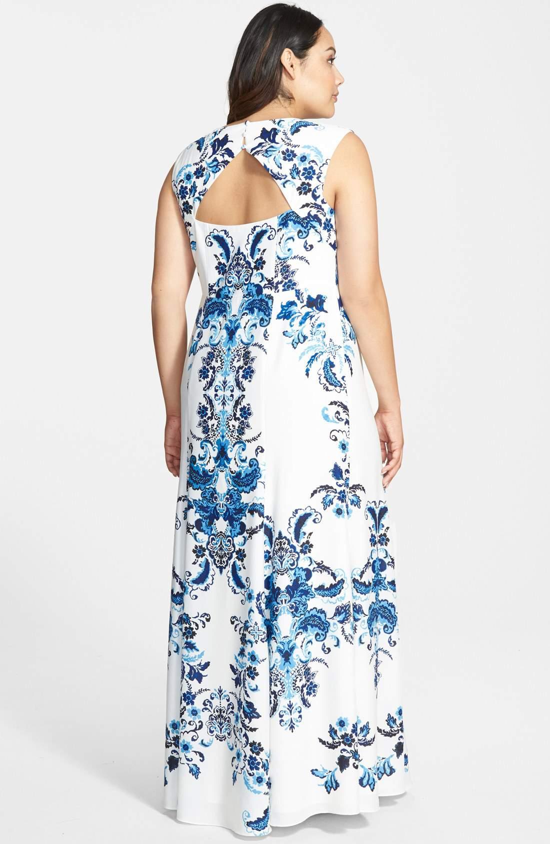 Crêpe de Chine Maxi Dress number by Eliza J on TheCurvyFashionista.com #TCFStyle