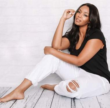 James Jeans- Five Plus SIze Denim and Jean Brands on the Curvy Fashionista