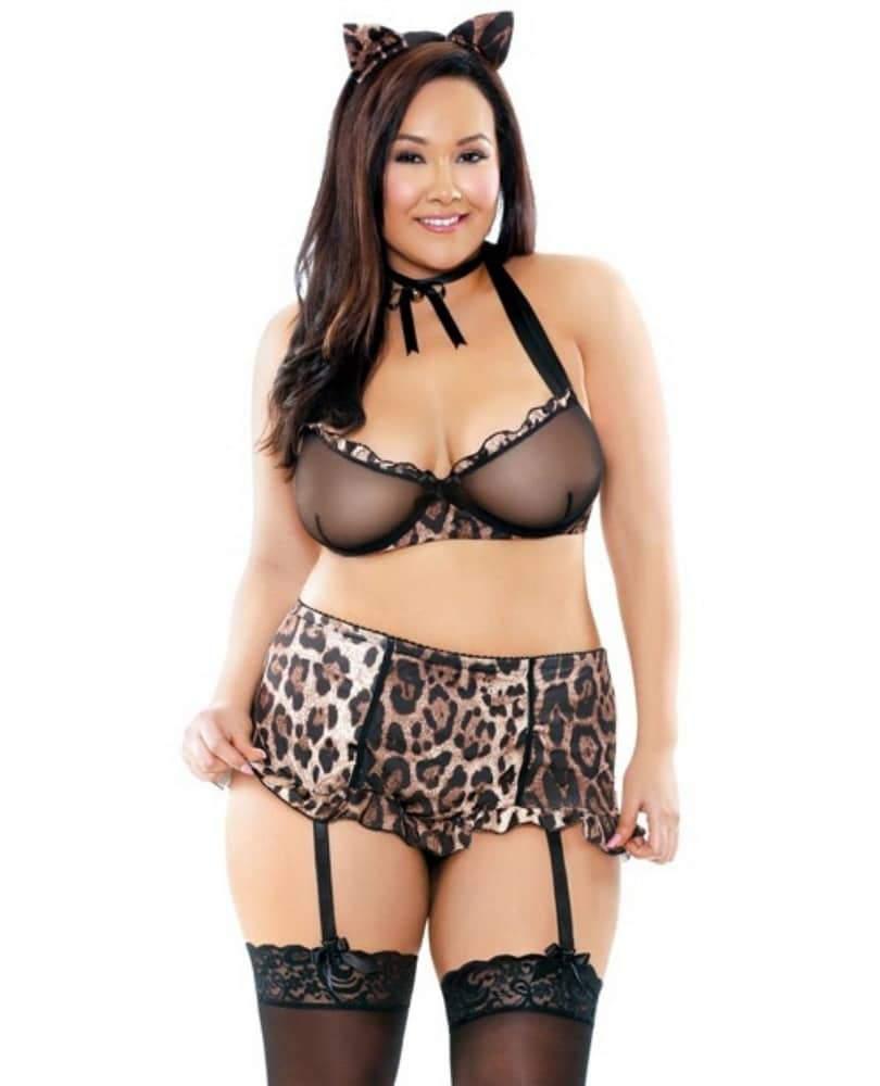 Plus size lingerie shopping tips