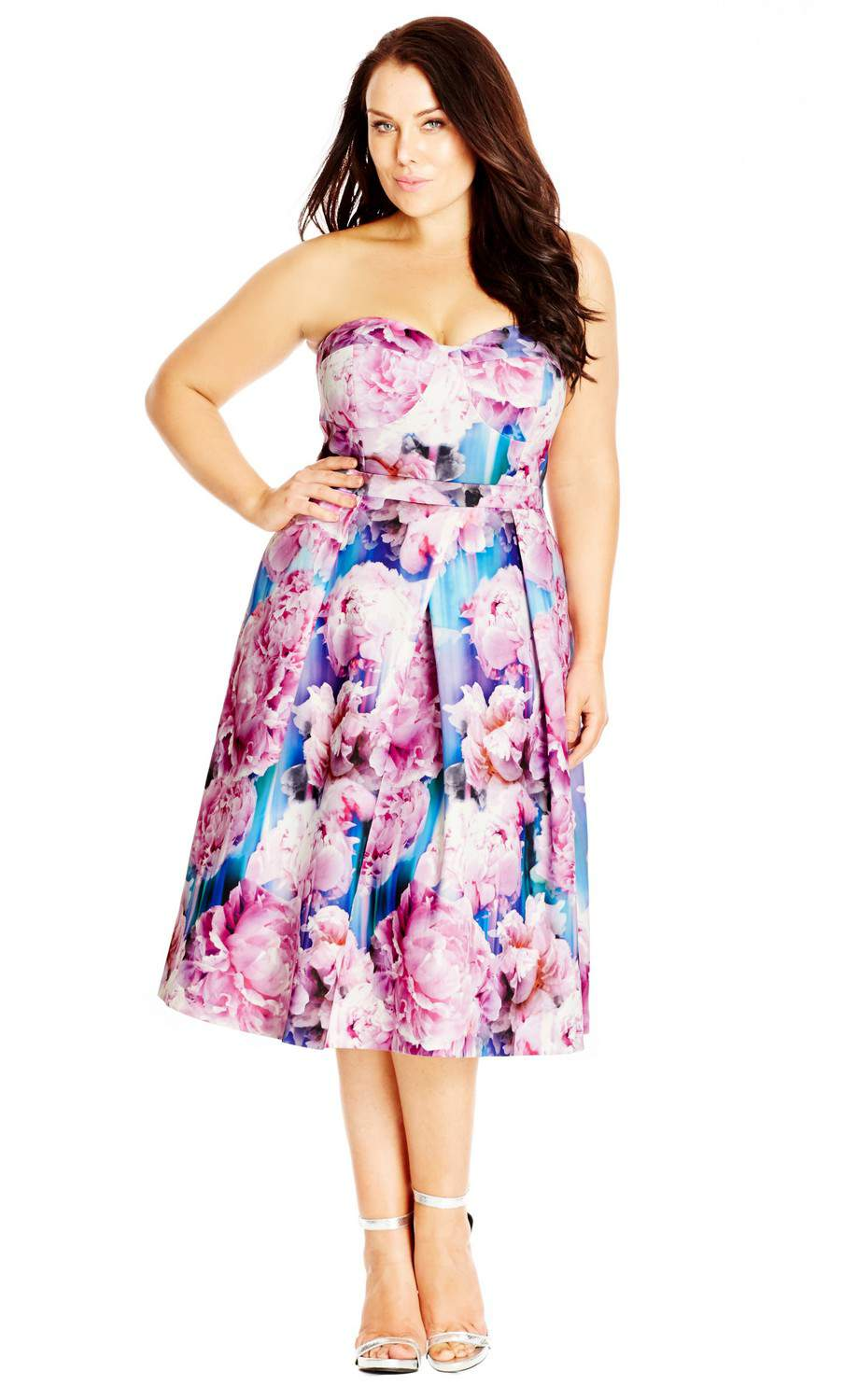 17 Must Rock Plus Size Dresses for that Valentine's Day Date!