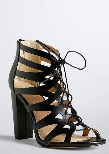 15 Wide Width Heels for Spring Under $100 on TheCurvyFashionista.com #TCFStyle