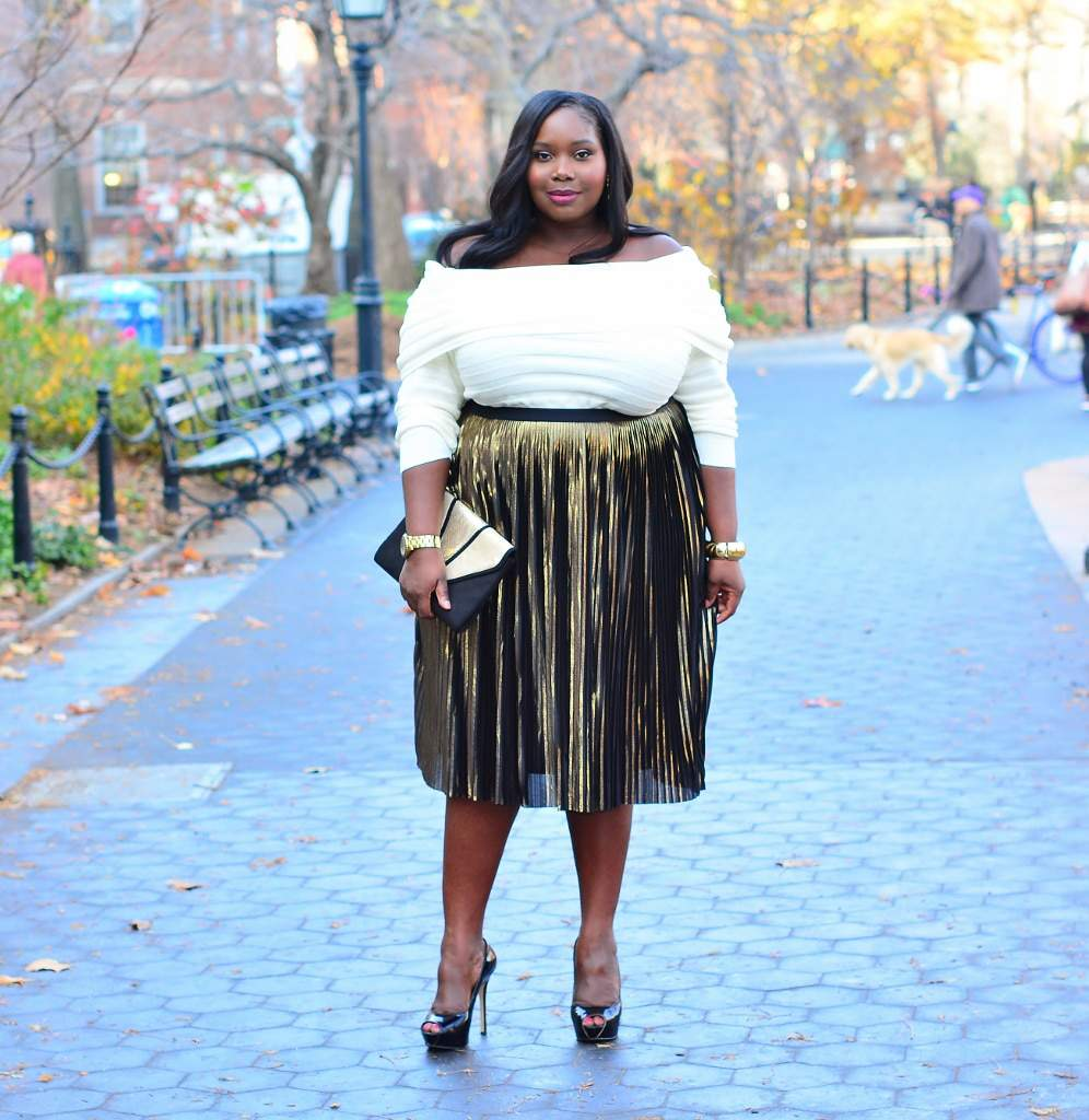 12 Plus Size Bloggers to Follow: Stylish Curves