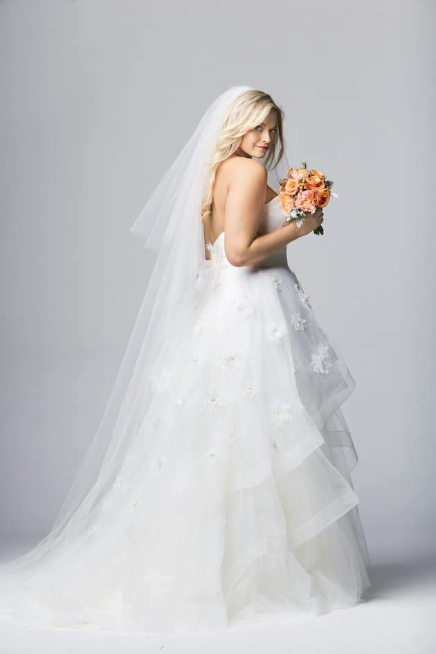 Della Curva Watters-Curves-plus-size-wedding-dress-back