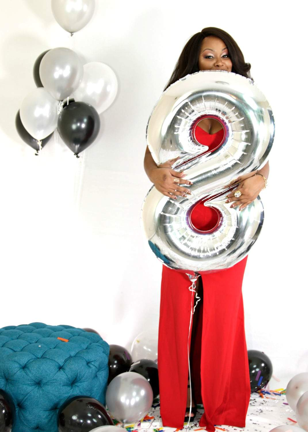The Curvy Fashionista turns 8 with a Chic and Curvy Giveaway