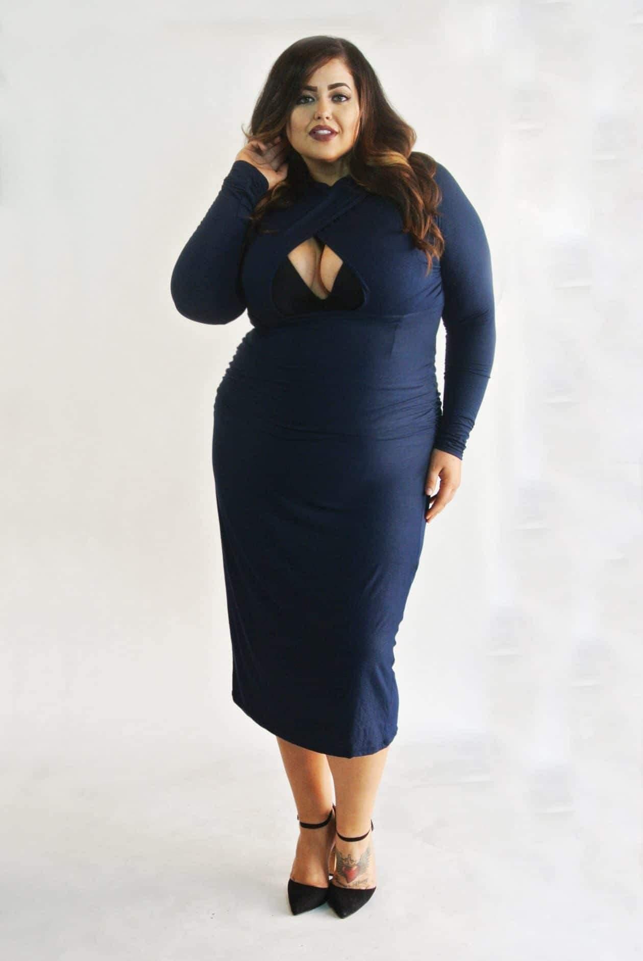 Myrda J Petite Plus Chest Cutout BodyCon Dress