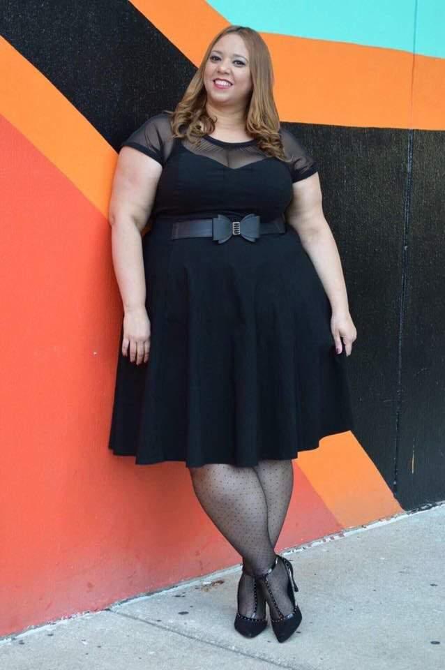 Plus Size Fashion Blogger- Farrah of Estrella Fashion Report