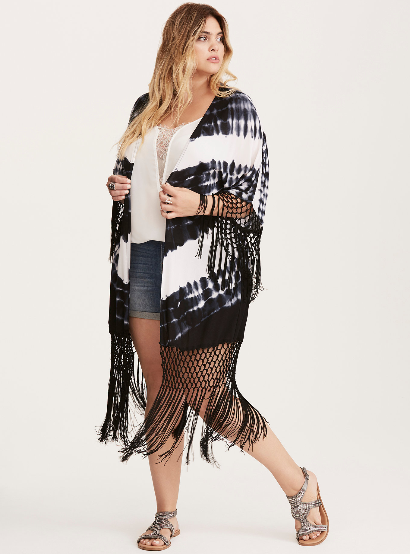 Missed Coachella This Year? 8 Plus Size Festi Fashions To Rock Anyway!