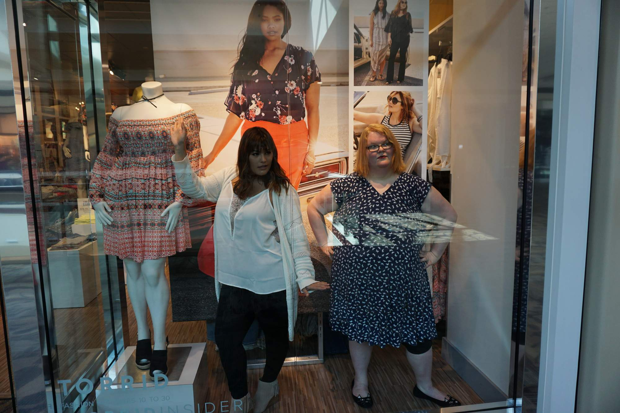 Awesome! Torrid's 2017 Model Search Winner Makes Special Surprise Visit!