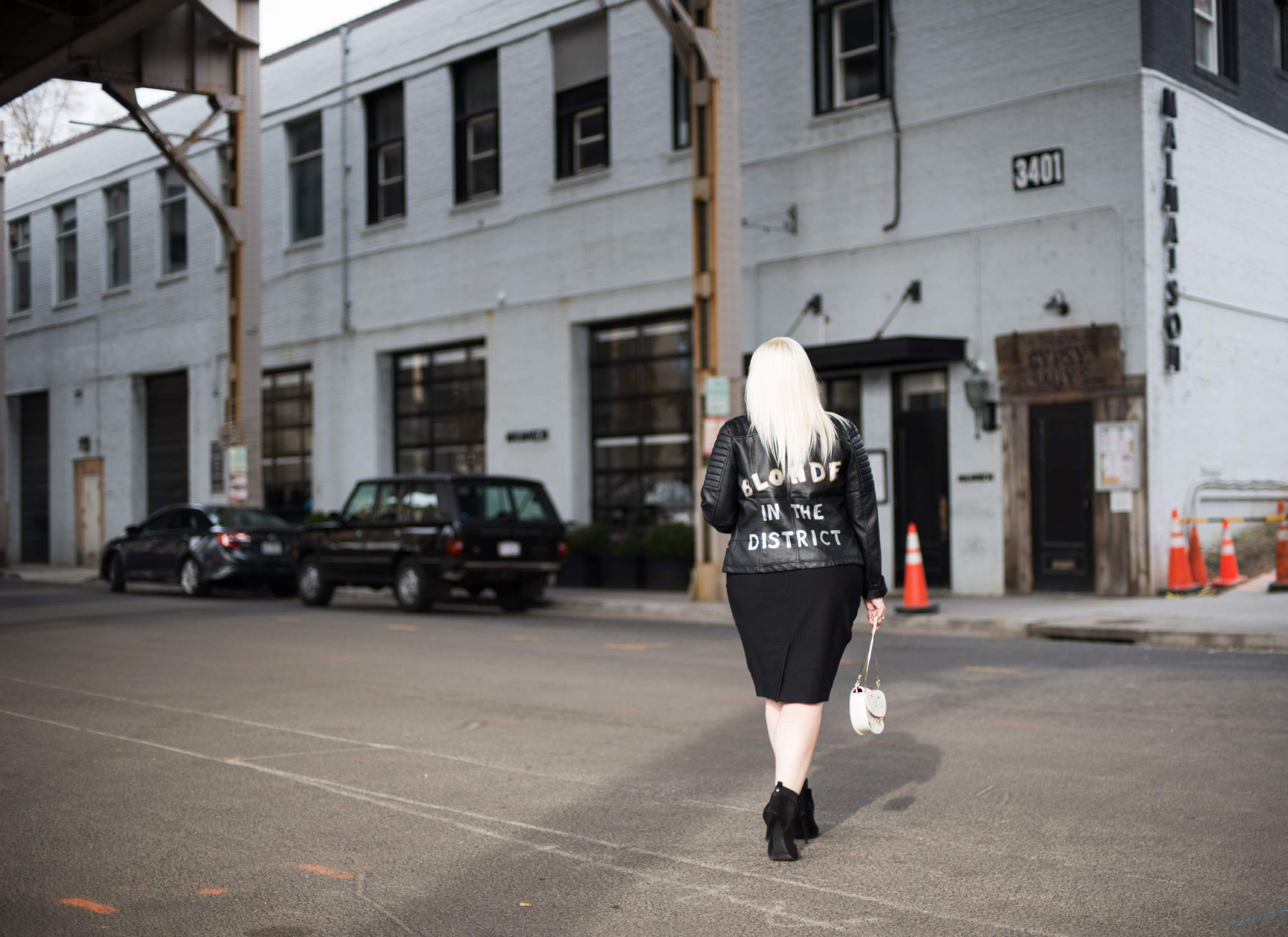 Plus Size Blogger, Dani of Blonde in the District