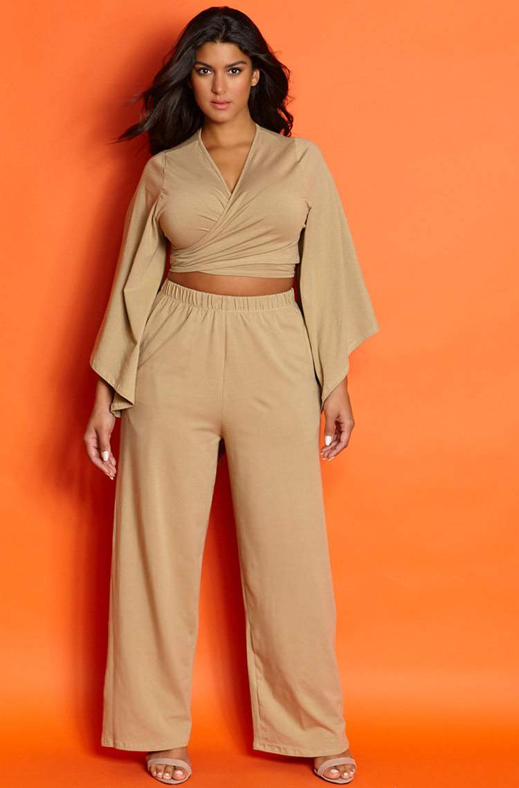 Plus size blogger, Essie Golden launches a collaboration with Rebdolls