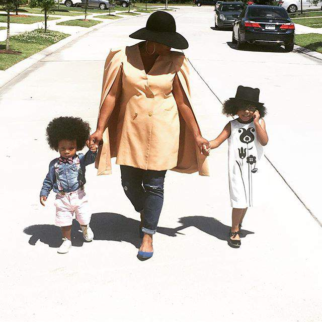 Are You a Plus Mom On-The-Go? Here are 5 Tips to Staying Stylish!