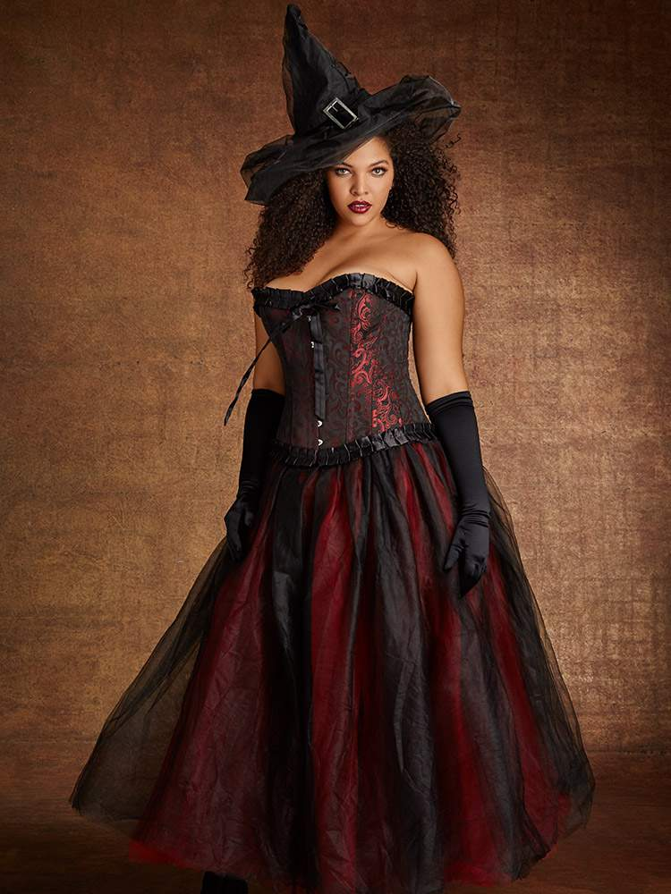 plus size halloween costume at Hips and Curves